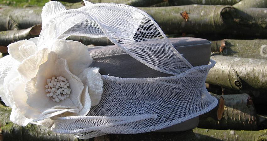 Voorbeeld van een bruidshoed gemaakt door hoedenatelier Stanza